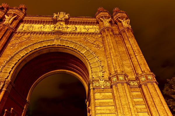 Tableau déco Barcelone, tableau photo pas cher,tableau design,tableau plexiglas,tableau déco,Tableau photo décoration murale. Tableau toile photo