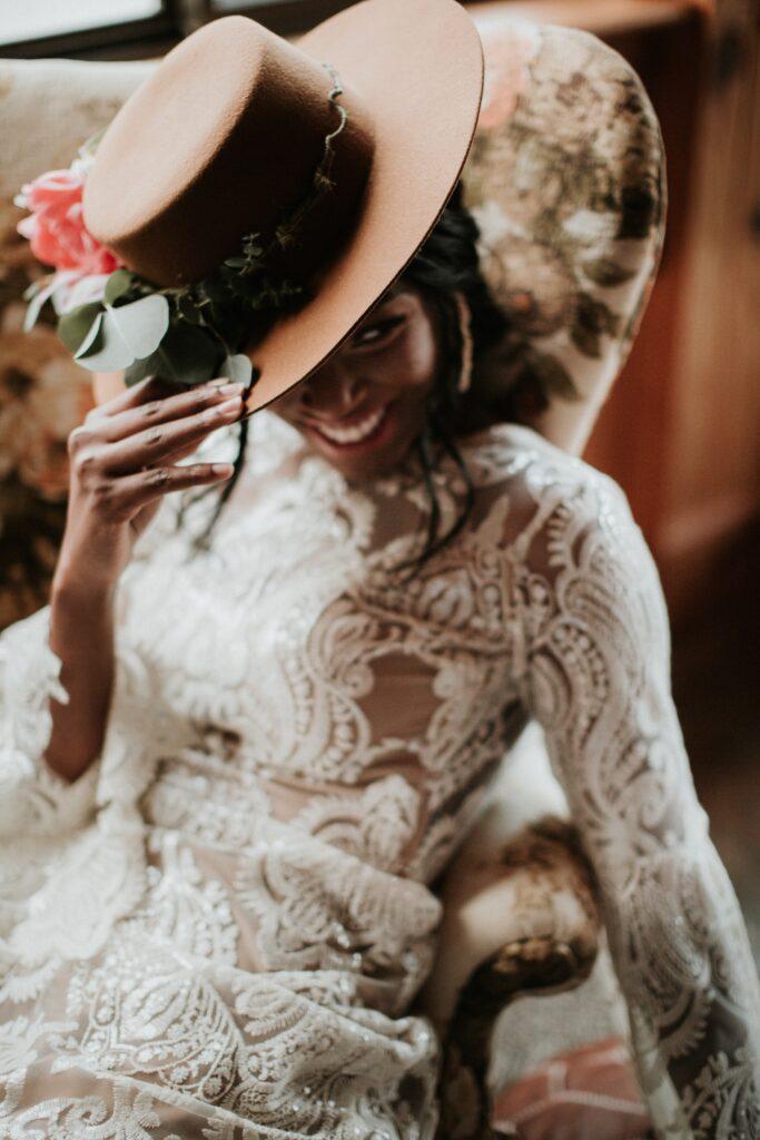 photographie de mariée souriant- picsmyhome.jpg.
