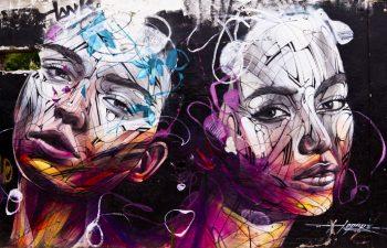 Tirage photo plexiglas street art » portrait féminin Bordeaux»